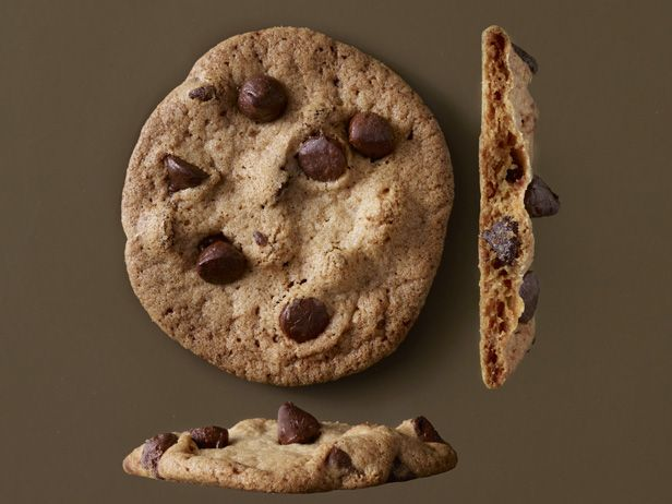 How to Make the Perfect Chocolate Chip CookieFood Network, Chocolate Chips, Brown Sugar, Chocolates Chips Cookies, Choc Chips Cookies, Network Kitchens, Crispy Chocolates, Cookies Recipe, Chocolate Chip Cookies