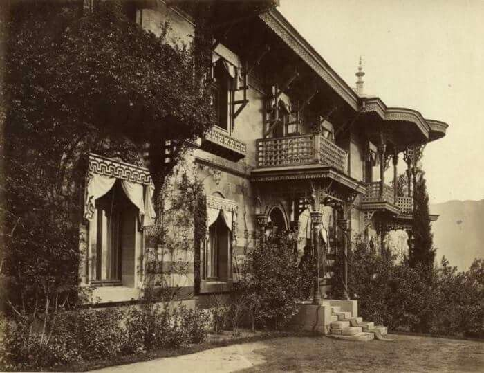 """The Maly or Small Palace at Livadia in the Crimea.Tsar Alexander lll of Russia died here. """"AL"""""""