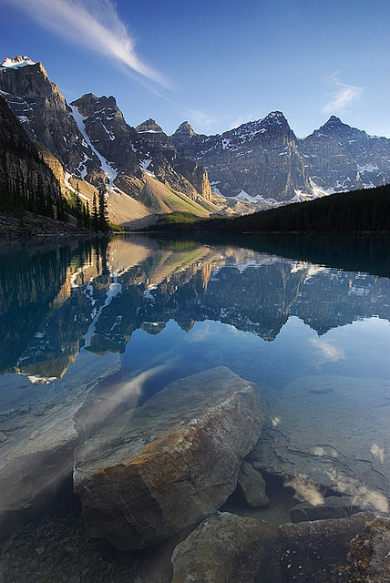Moraine Lake, Canada  OH MY... That's breath taking!!!