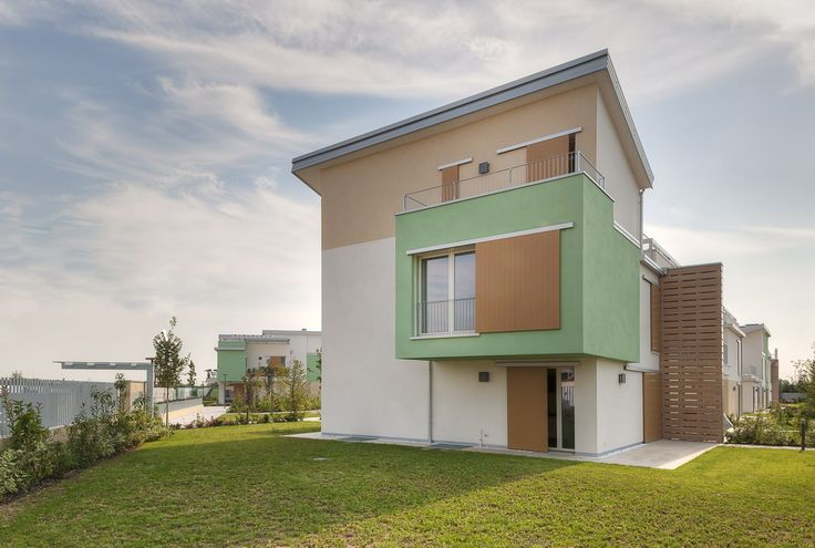 GLAM QUARTZ: modern residential architecture in Verona, Italy #wall #covering #color #contemporary #architecture #home #house #residence #project #designtiles #garden