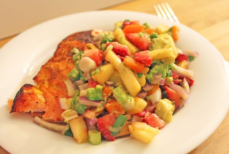 ... Salmon with Strawberry Mango Salsa ☀ CQ #summer #barbecue #grill