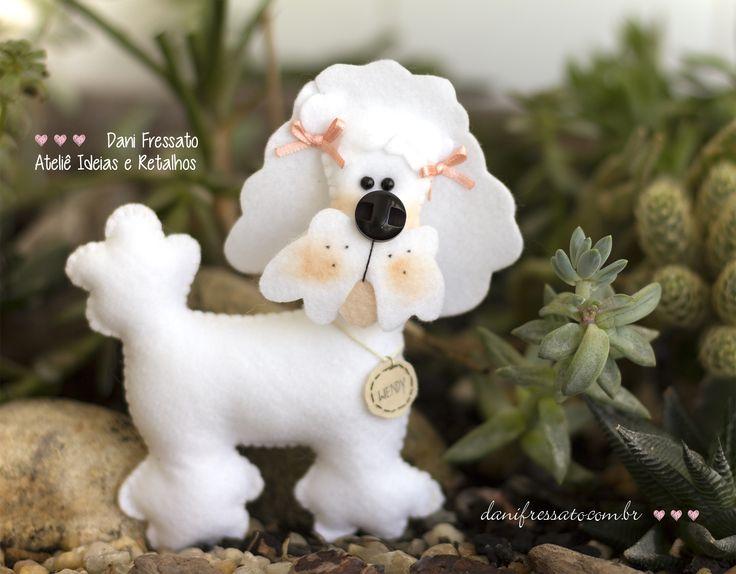 Cachorro de Feltro - Poodle