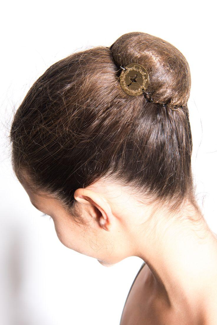 Chignon avec pince fashion designs - Accessoire chignon facile ...