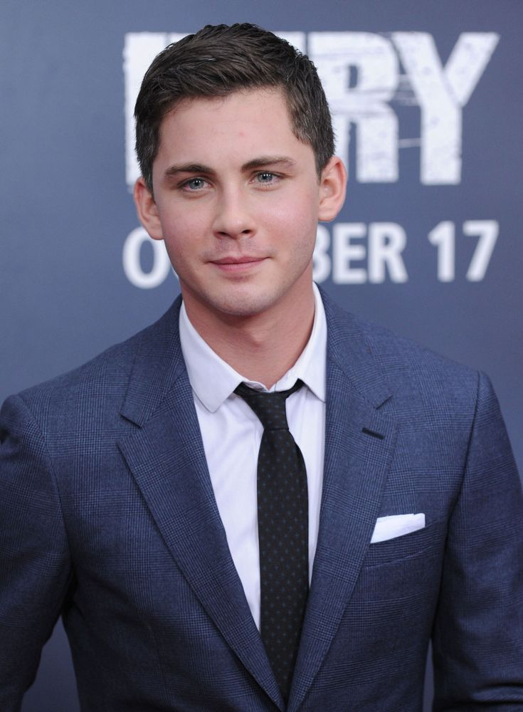 Logan Lerman, Shia LaBeouf And Brad Pitt Look Dapper At 'Fury' Premiere In Washington, DC - http://oceanup.com/2014/10/15/logan-lerman-shia-labeouf-and-brad-pitt-look-dapper-at-fury-premiere-in-washington-dc/