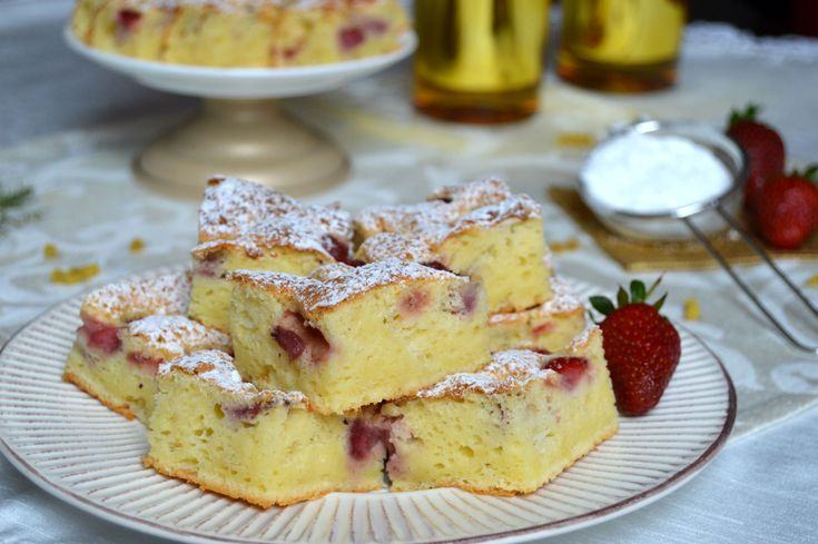 Prajitura cu iaurt si capsuni |  MiremircMiremirc | ... bucataria in imagini