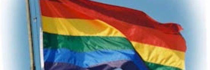 Vandaag is het international coming out day, de dag dat we massaal uit de kast mogen komen als homo, lesbienne, biseksueel of transgender.  Het is eigenlijk te gek voor woorden dat we anno 2016