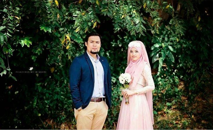 Gambar Pertunangan Dr Nur Fatin Liyana Asri - Dr Anwar Fazal