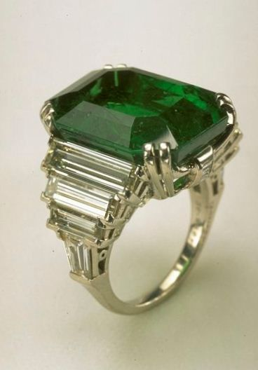 Mexican Emerald Ring