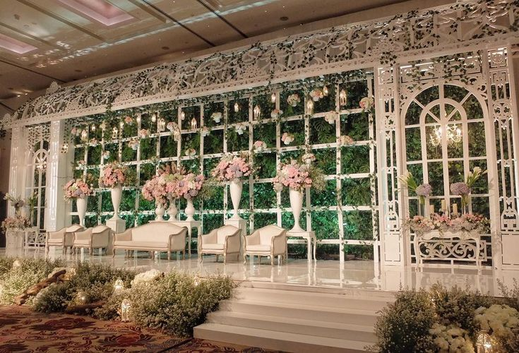 "254 Likes, 4 Comments - UPLIGHT LIGHTING (@uplightpro) on Instagram: ""The Wedding of Fredyka & Mevina Venue : @fairmontjakarta Wedding Decoration : @image_decor Wedding…"""