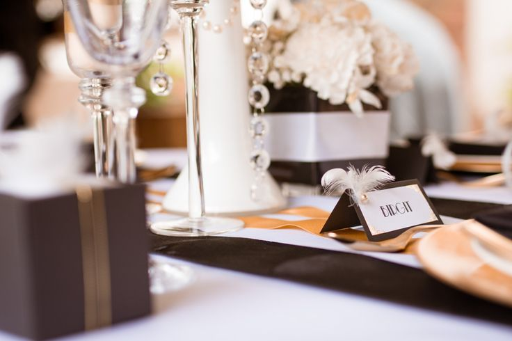 die besten 17 ideen zu gold federn auf pinterest geschenke verpacken wrapping ideas und verpacken. Black Bedroom Furniture Sets. Home Design Ideas