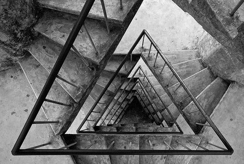 triangular staircaseInspiration, Staircases, Art, Architecture, Black, Photography, Design, Stairways, Triangles Stairs