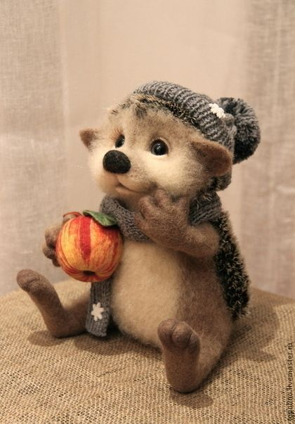 *NEEDLE FELTED ART ~ Animal toys, handmade.  Hedgehog Anton.  Oksana Caccioppoli.  Fair Masters.  Felting toy hedgehog handmade