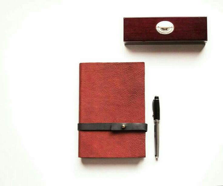 Handmade leather agenda by guardarroπa  https://m.facebook.com/guardarropa.e.t