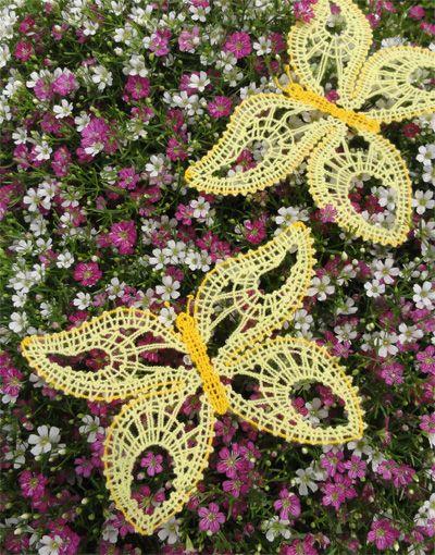 Free digitised lace