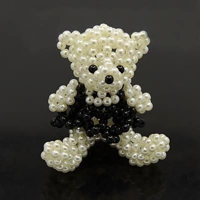 3D Bead Bear  //  OMGoodness...HOW CUTE IS THIS LITTLE ONE???!!! I'M IN LOVE! (Yes, I know... Again!)  ❤A