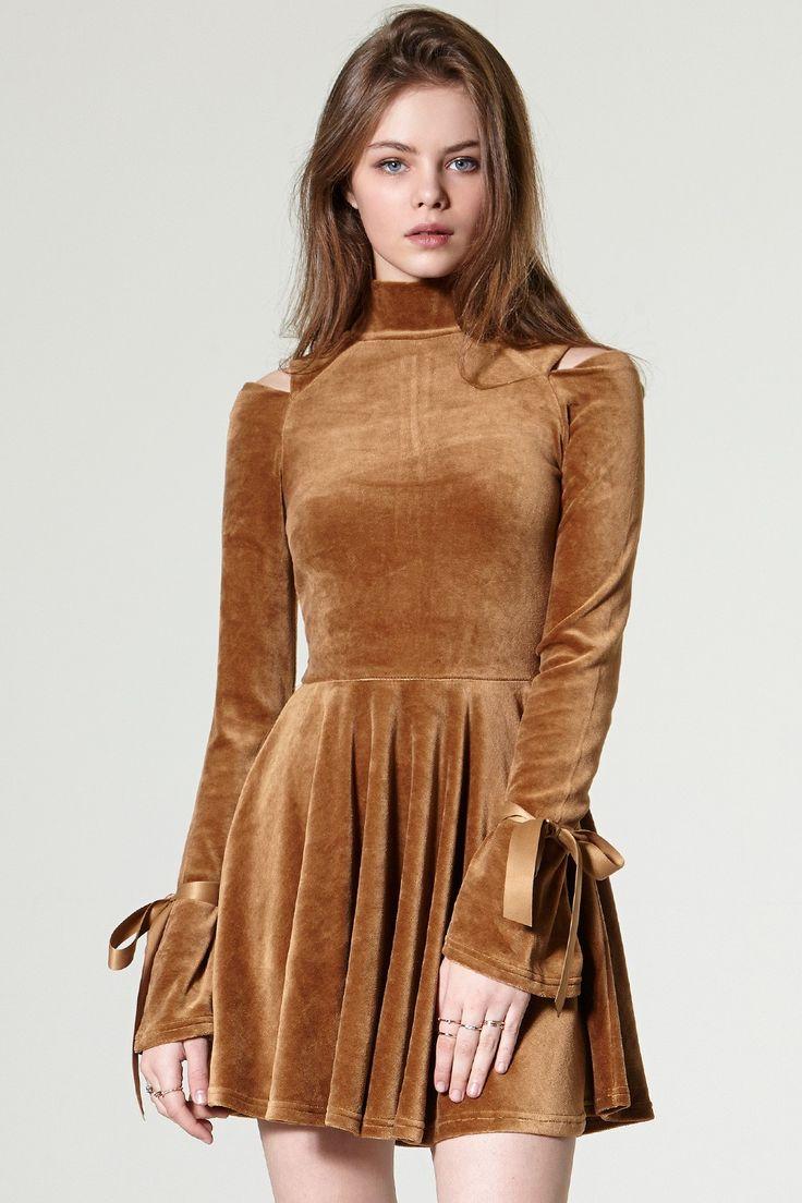 Zena Cold Shoulder Velvet Dress  Discover the latest fashion trends online at storets.com #dress #velvet #coldchoulder