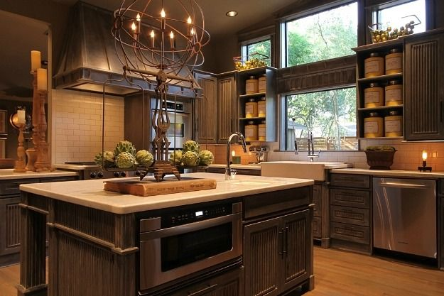 Cabinetry finish, windows, open shelves for canisters