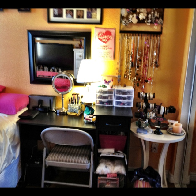 diy make up area  would be great to have everything together