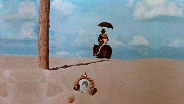 El topo es una película mexicano-estadounidense de 1970, dirigida y protagonizada por Alejandro Jodorowsky.