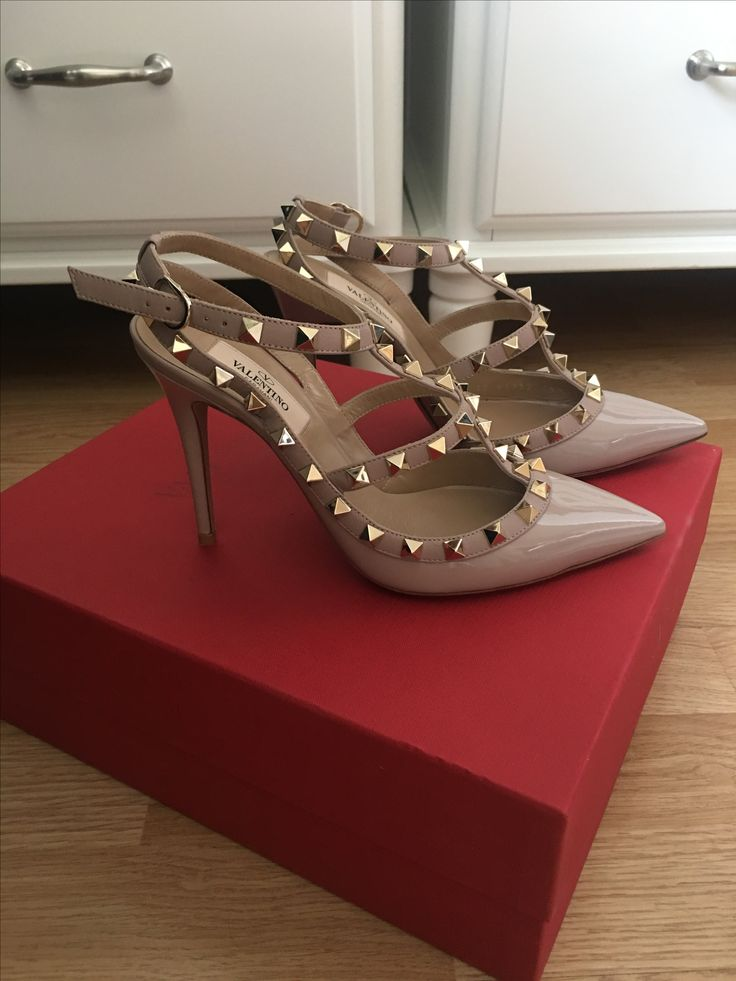Valentino rockstud shoes! Dream pair ❤️❤️❤️