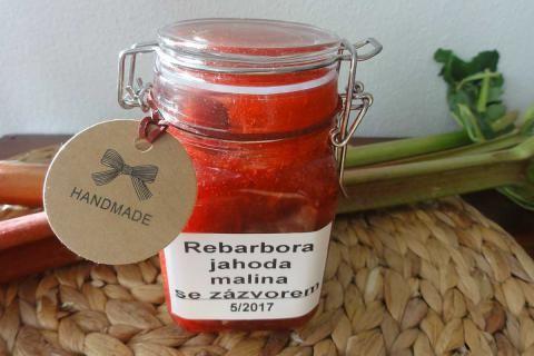 Jak uvařit rebarborový džem se zázvorem a malinami | recept