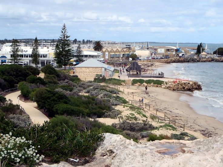 Arthur Head Reserve on the western waterfront of Fremantle, Western Australia, features picturesque Bathers Beach.