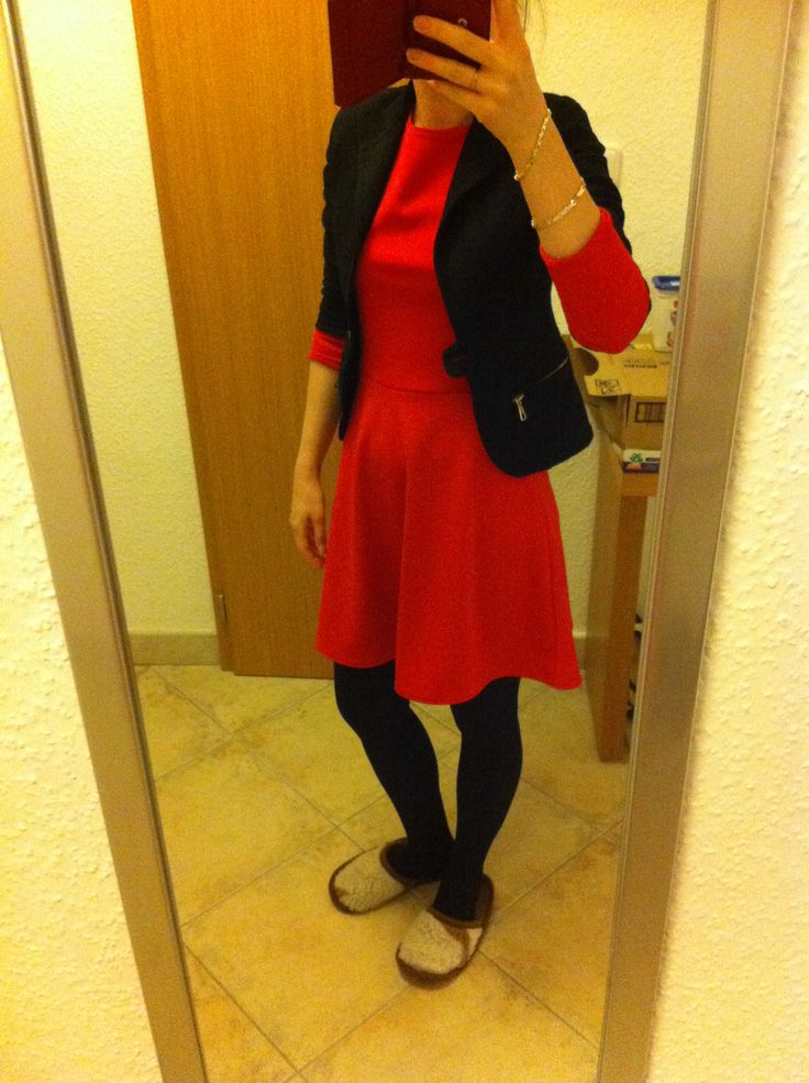 Red dress with black accessories. Ootd. Enjoy Yourself