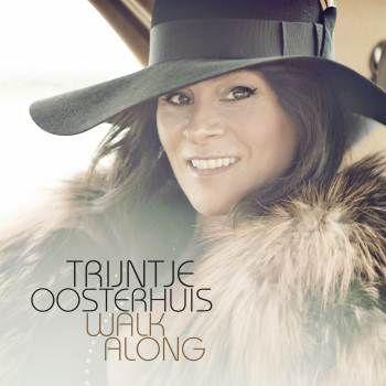 @Trijntje_O Trijntje tekent bij Warner Music http://www.mpodia.nl/content/trijntje-oosterhuis-tekent-bij-warner-music @warnermusic