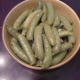 Garlic Peas on BigOven: This is the first side dish recipe I ever made with non-shelled peas. I don't think I'll ever shell peas for a side dish again.