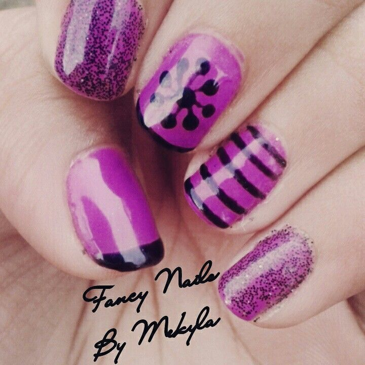 Hand drawn nail art. (Bio Sculpture gel)