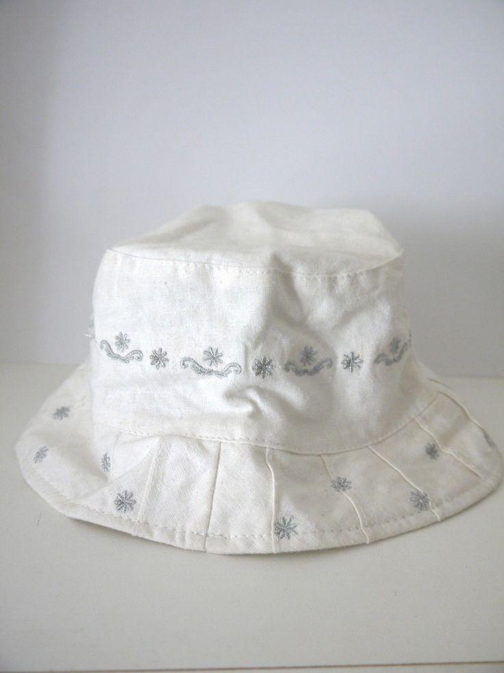 bob chapeau fille enfant 3 ans toile aspect lin coton blanc broderies argentes mode filles