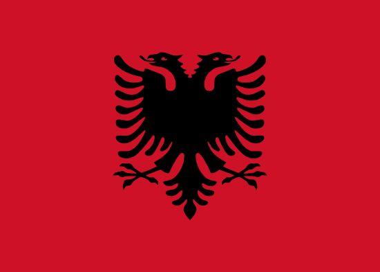 Albania ha sido durante muchos años la gran desconocida de Europa, debido al hermético régimen comunista que gobernó el país desde el final de la Segunda Guerra Mundial hasta la década de los 90.  Es un país principalmente montañoso, pero no hay que olvidar que tiene unos 450 km. de costa prácticamente sin explotar turísticamente entre el mar Adriático y el mar Jónico.