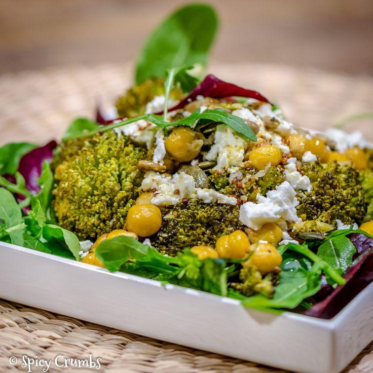 Salát zpečené brokolice scizrnou