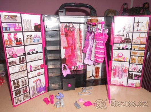 BARBIE modní skříň s doplňky , panenky , KEN - 1