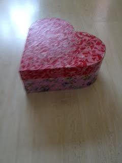 Dit was een houten doos, die ik heb gedecopatcht.