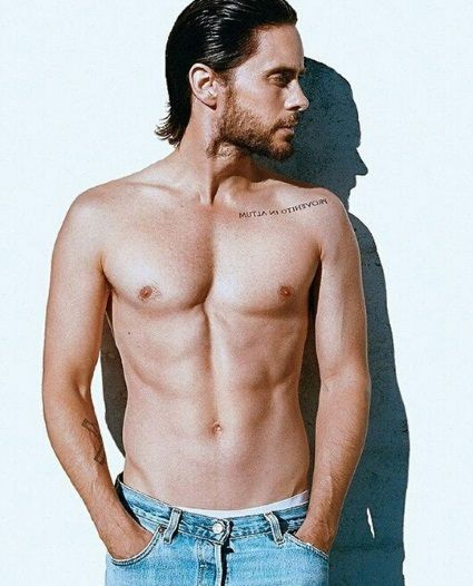 Jared Leto Is Shirtless: Vegan Diet And Yoga Workouts Keep Him Ripped