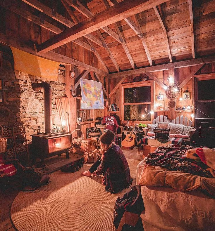Can't stop looking at this and thinking how badly I wanna live here : @kylefinndempsey... #tinyhouse #cosy #dreams #home #decor #roominspo #wooden #forest #snow #winter #bedroom #freedom #peace #love #safe #world #worldpeace