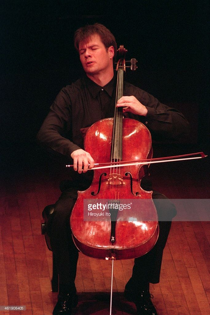 'Ned Rorem Hosts: John Harbison and Michael Hersch' at 92nd Street Y on Wednesday night, January 11, 2001.This image:Daniel Gaisford performing Mr. Hersch's 'Sonata for Unaccompanied Cello.'