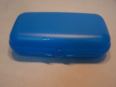 Tupperware Brotdose Maxi Twin Blau mit n. Öffnung - NEU