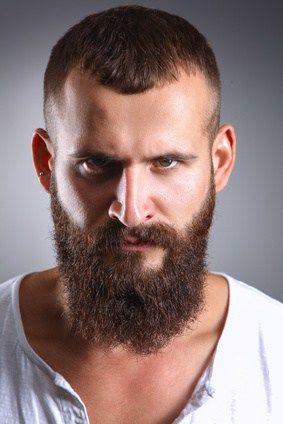 Frisur für männer mit geheimratsecken. Die besten Tricks um ...
