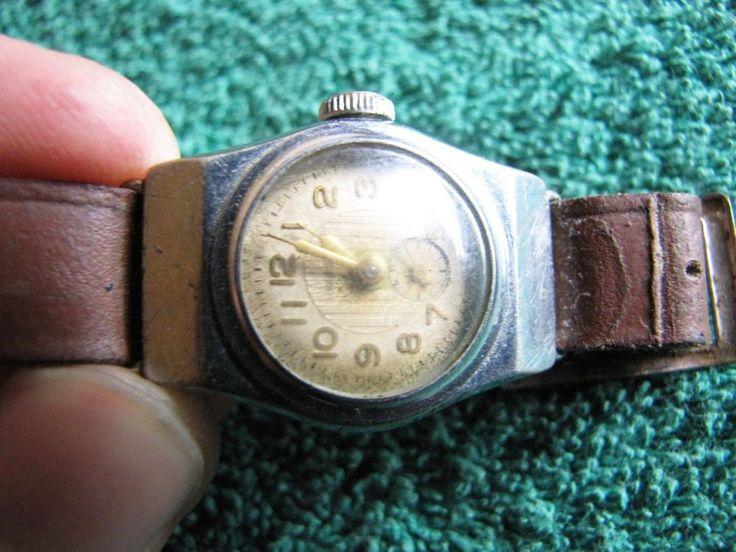 Vintage Soviet Ladies Watch  Women's ZVEZDA by Penza Watch Factory #116