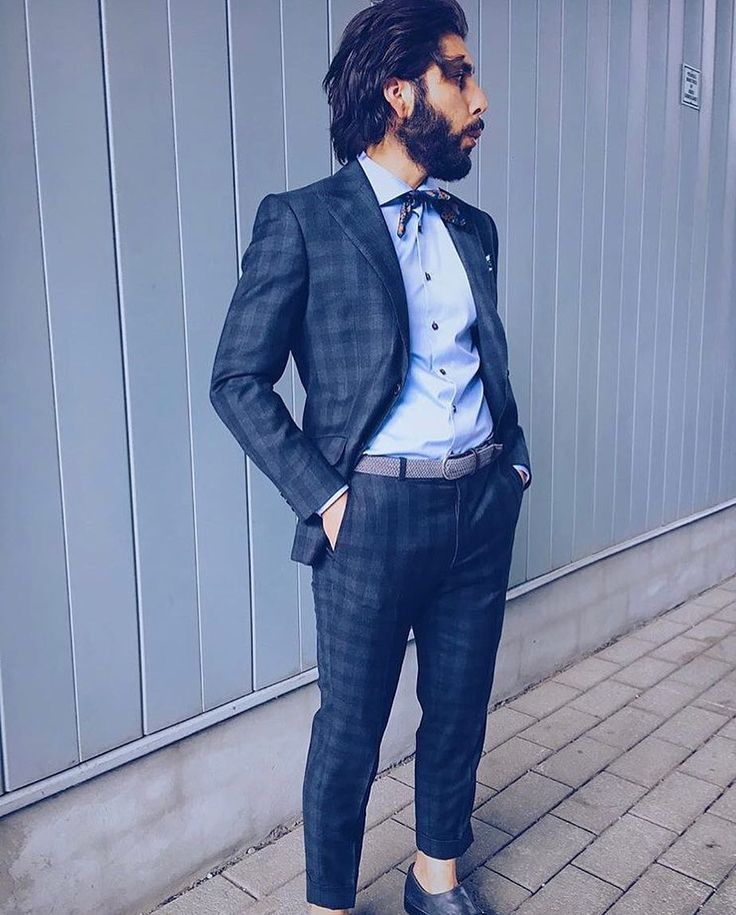 @matteo.moss is a #SuitGuy. Youd be hard pressed to find him wearing anything less than a blazer (or his trusty Levi's denim jacket) so its no wonder #SavileRow brand @hardyamieslndn is his favorite. // If you missed our suit sale you can still grab this one or many like it for 30% off. #gotstyleman