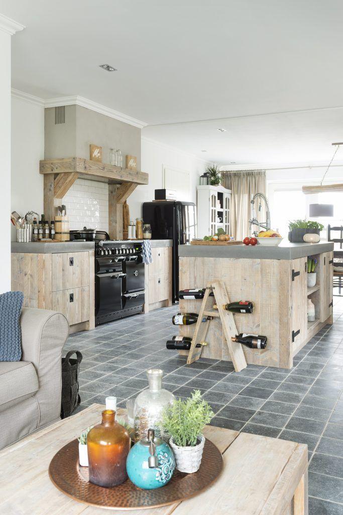 Restyle Landelijke keuken met betonnen aanrechtblad