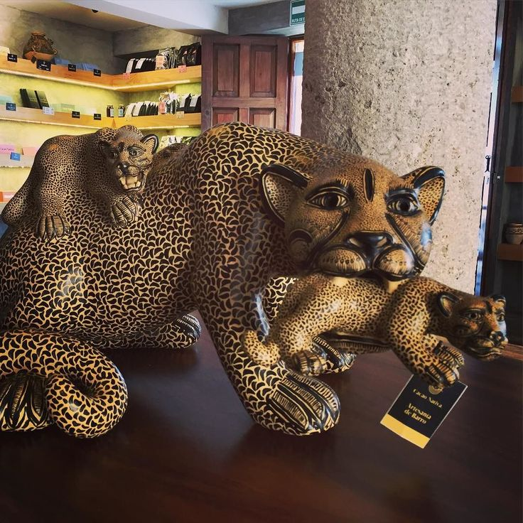 Chocolate shop jaguar! Shame the jaguar itself wasn't made out of chocolate but you can't win 'em all. #chocolate #mexico #travel