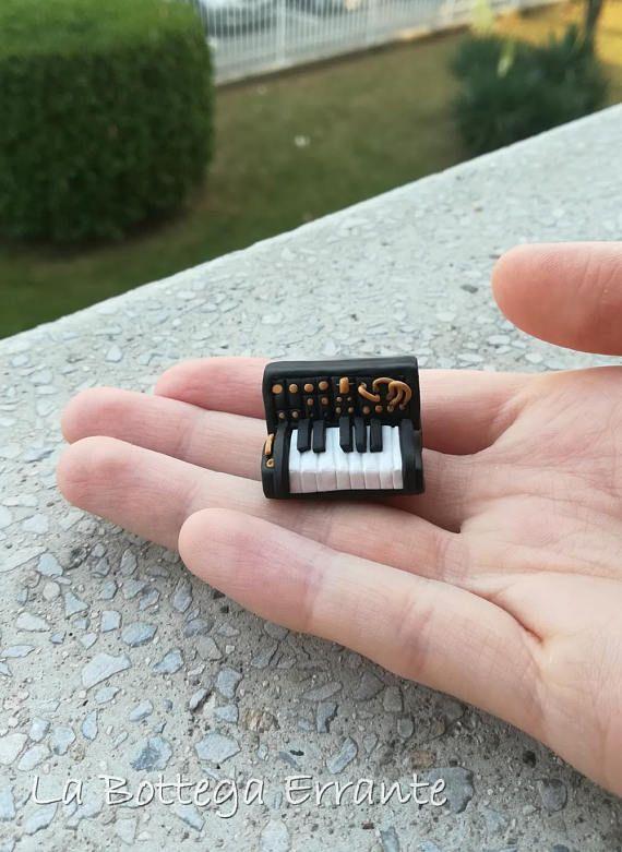 Synth Keyboard Piano Miniature Clay Fimo Synth Analogue Music Mini Moog Korg MS-20 Analogico Sintetizzatore Tastiera Pianoforte Art Handmade