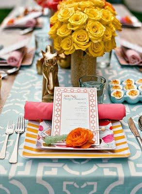 Coral, turquoise & light yellow: Table Settings, Colors Combos, Yellow Rose, Tables Sets, Colors Schemes, Parties Ideas, Dinners Parties, Places Sets, Tablescape