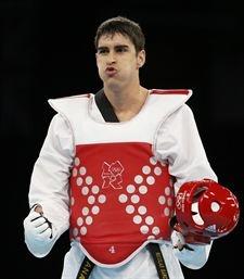 Nicolás García / Taekwondo (-80) / Medalla de plata