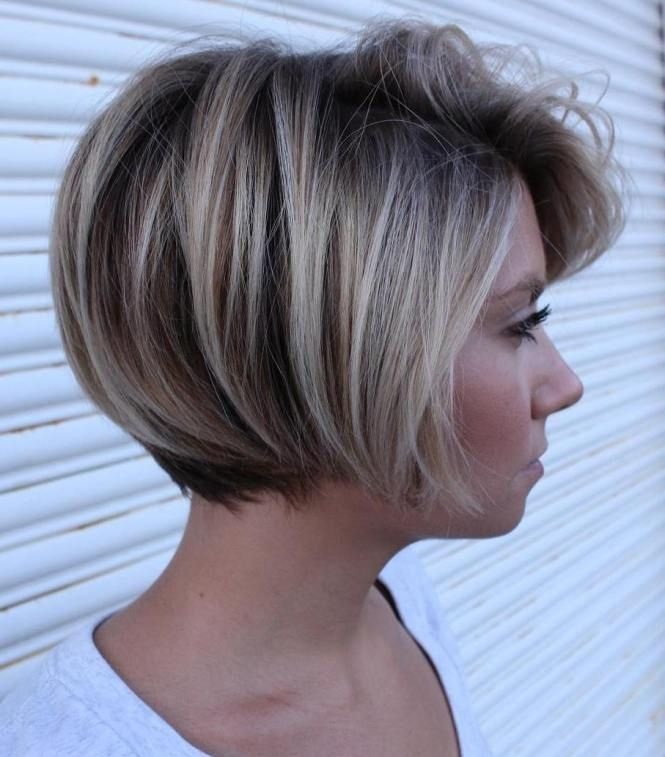 Short Bob With Dimensional Coloring