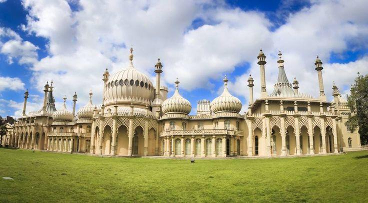Il Padiglione reale a Brighton, in Gran Bretagna. Fonde gli st ili britannico e indiano #architecture #art