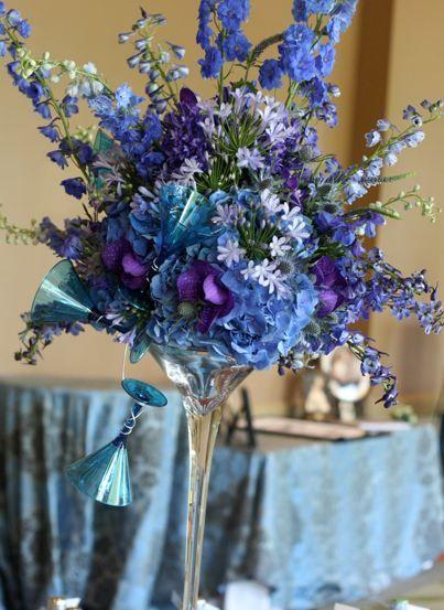 118 best images about delphinium on pinterest for Flower arrangements with delphinium